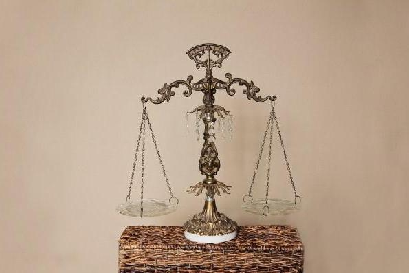 правоспособность юридического лица возникает с момента государственной регистрации