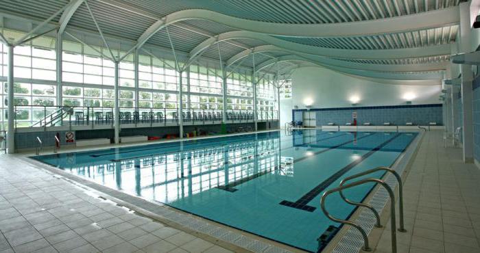 комфорт в помещении бассейна температура воды