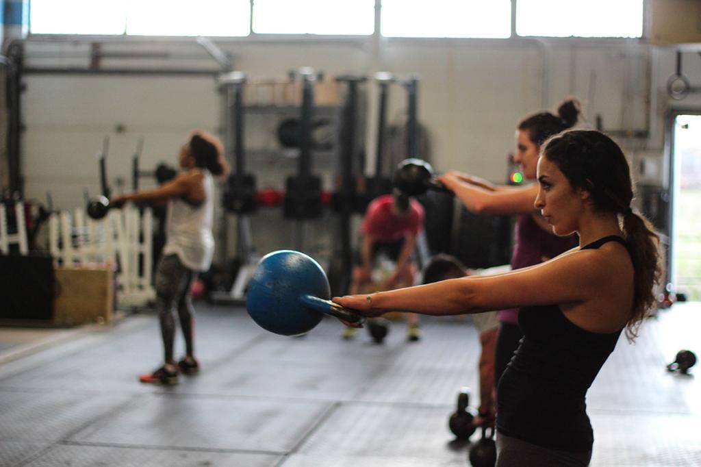 картинки выполнения техники упражнений в кроссфите бог посейдон девушки
