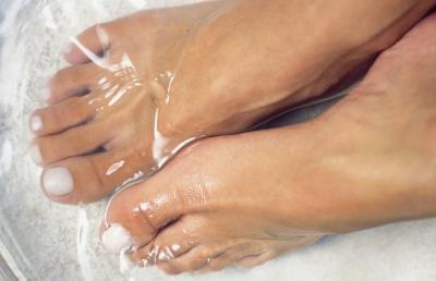 Дикое мясо возле ногтя: лечение, причины и способы решения проблемы