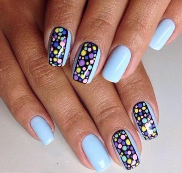 дизайн ногтей точками