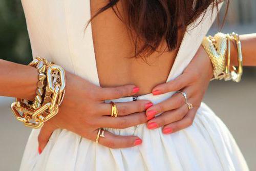 какой цвет сочетается с золотым в одежде