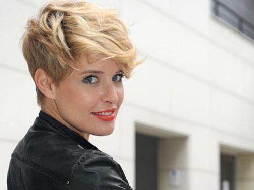 модельные стрижки для девушек на короткие волосы