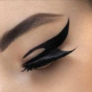 Как нарисовать идеальные стрелки на глазах?