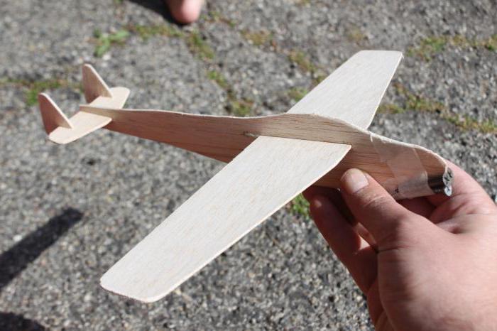 Как сделать летающий самолет из дерева своими руками 52