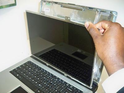 Чому не працює монітор на ноутбуці: можливі причини та методи усунення неполадок