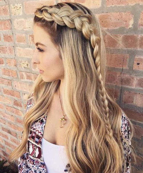 Красивые и оригинальные прически для длинных волос для девушек: обзор, особенности и рекомендации
