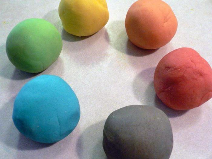 простые поделки из пластилина для детей
