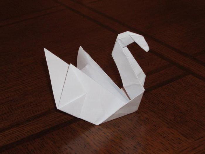 Как сделать фигурки из бумаги и клея 29