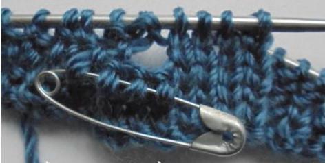 женский пуловер спицами для начинающих