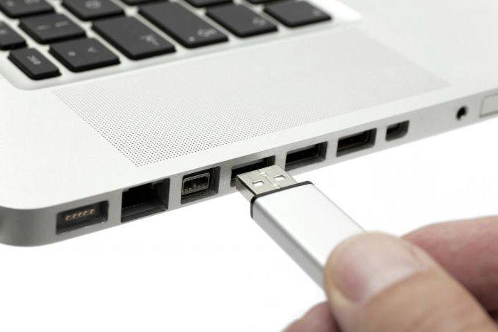 Можно ли заряжать айфон зарядкой от айпада
