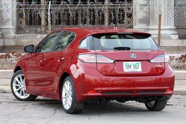 Lexus CT 200h: технические характеристики
