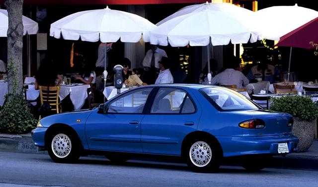 Toyota Cavalier седан