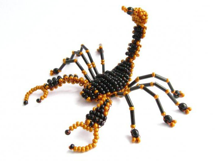 Скорпион из бисера фото