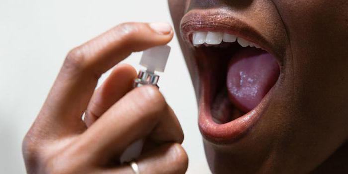 замаскировать запах изо рта