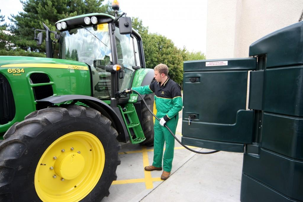 Слив бензина: наказание за кражу топлива, способы хищения. Как защитить бензобак?