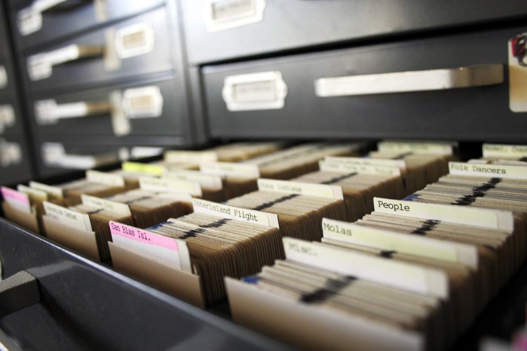 обеспечение сохранности документов архивного фонда рф
