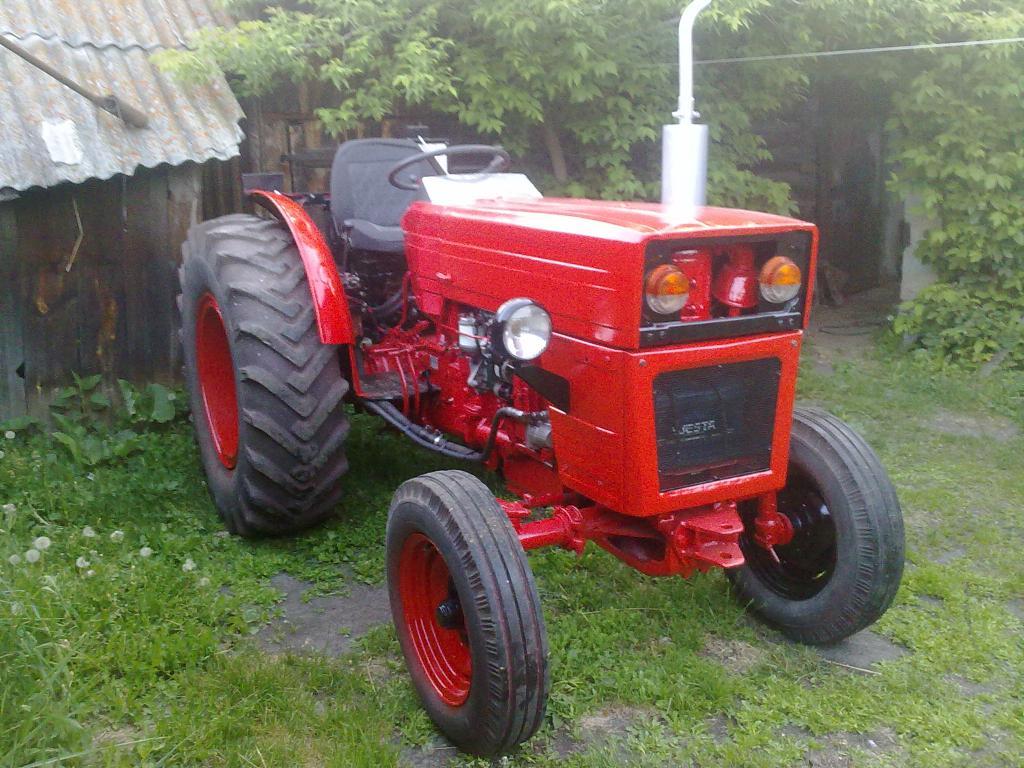 Румынский трактор