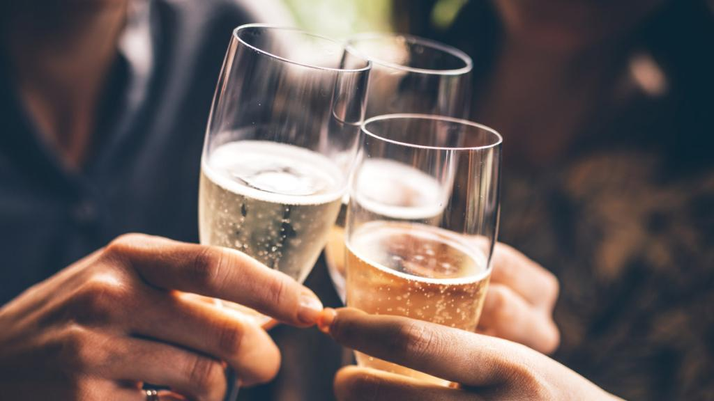 Совместим ли Кавинтон с алкоголем? Кавинтон и алкоголь совместимы или нет