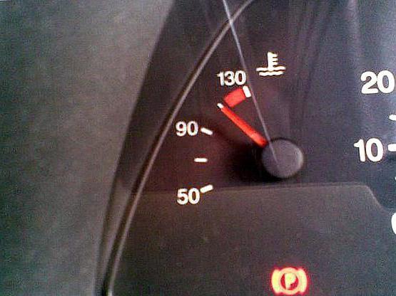 Температура двигателя 21124