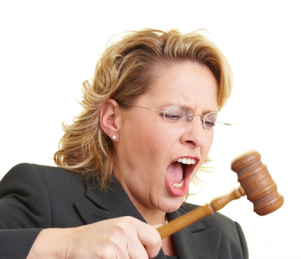 Куда жаловаться на мировых судей: основания, порядок подачи и образец апелляционной жалобы