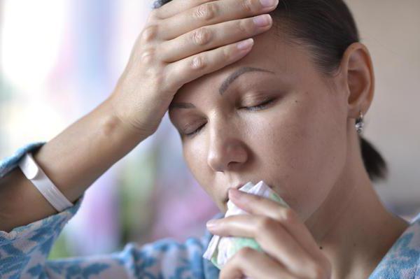 при кашле боль в голове