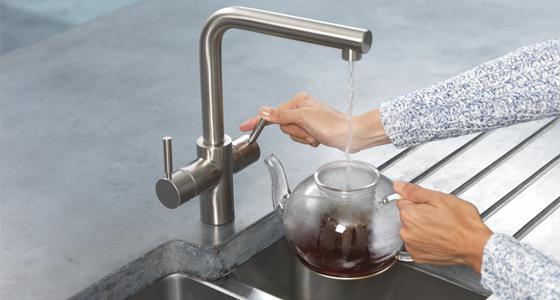 какой должен быть норматив температуры горячей воды в квартире
