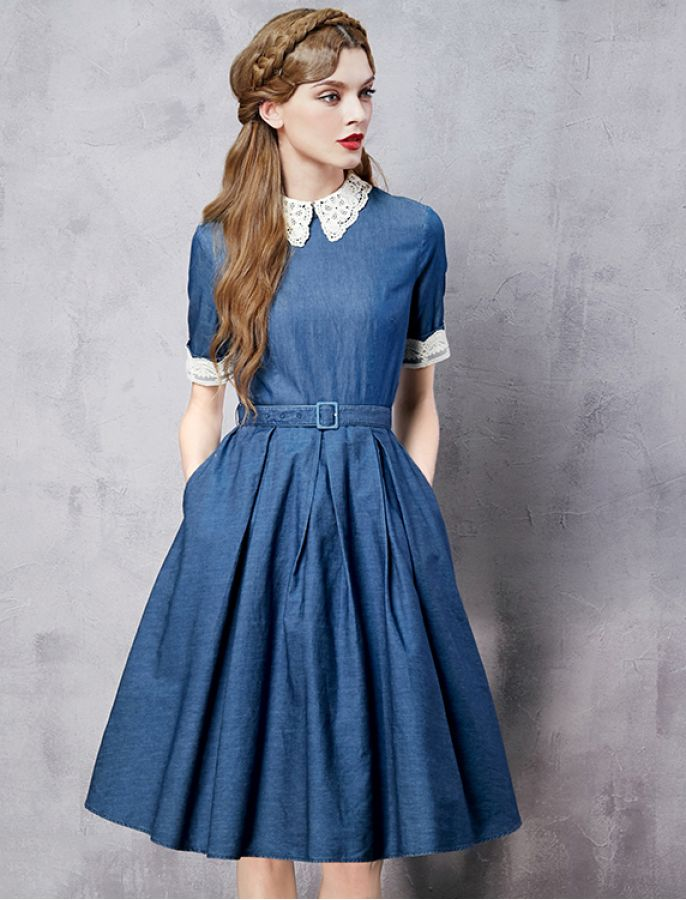 Dress for the girl in retro style