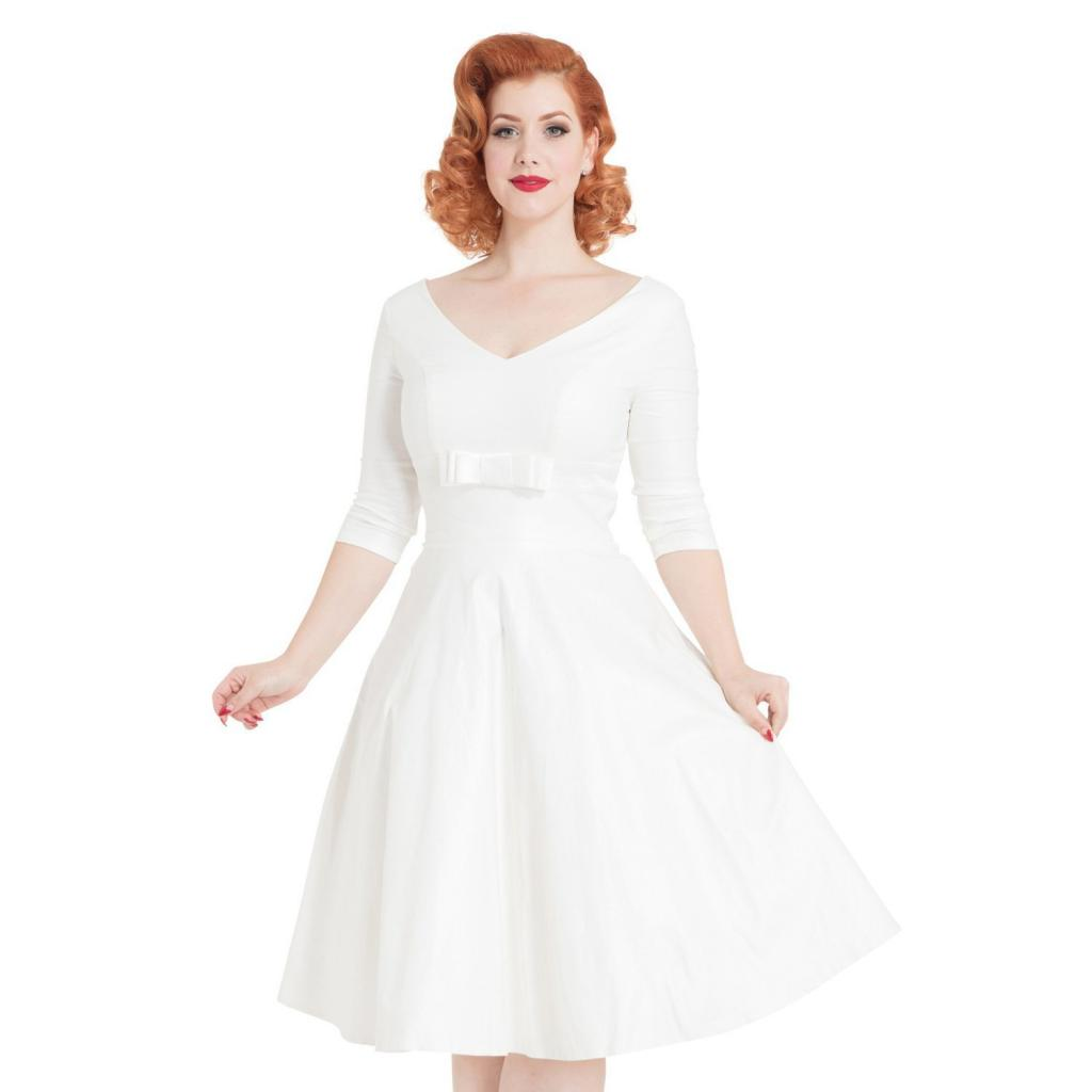 Puffy dresses in retro style