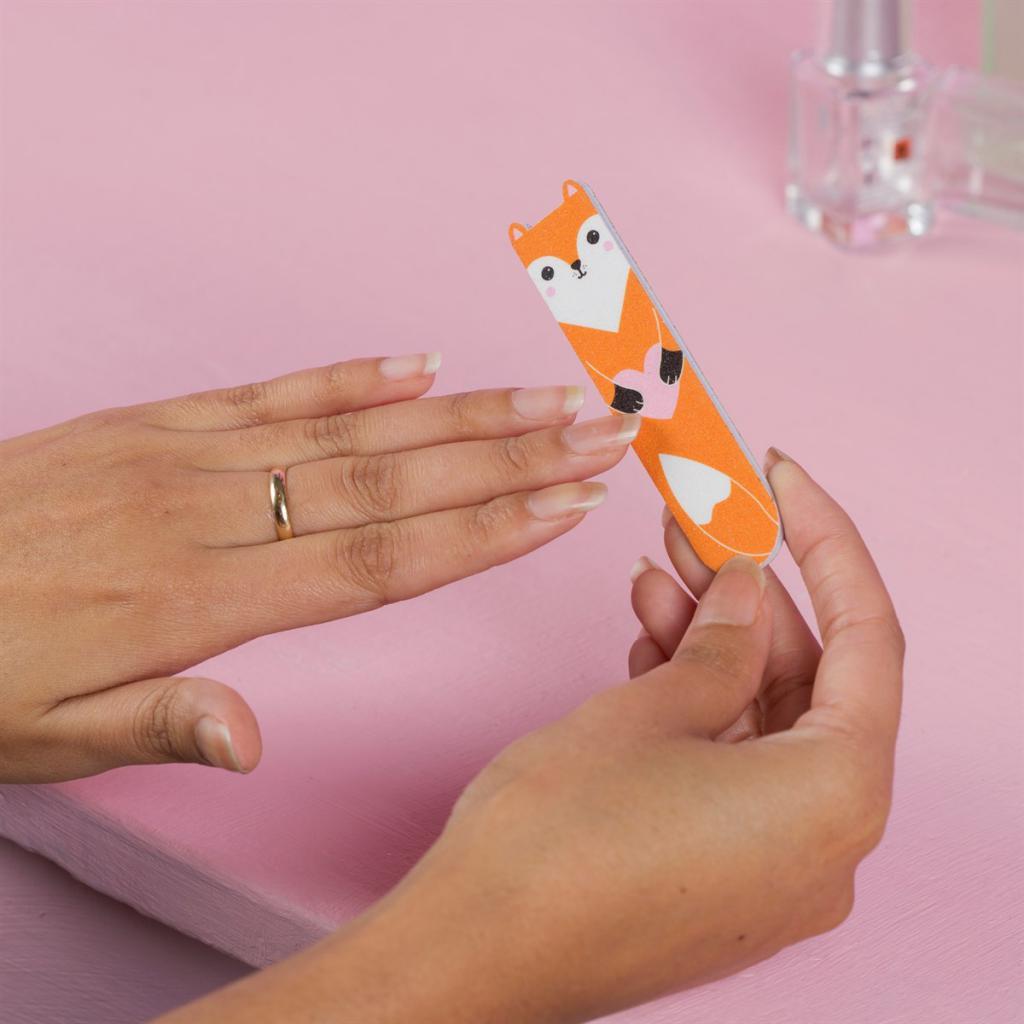 Пилочки для ногтей: виды, абразивность, особенности использования и рекомендации по выбору