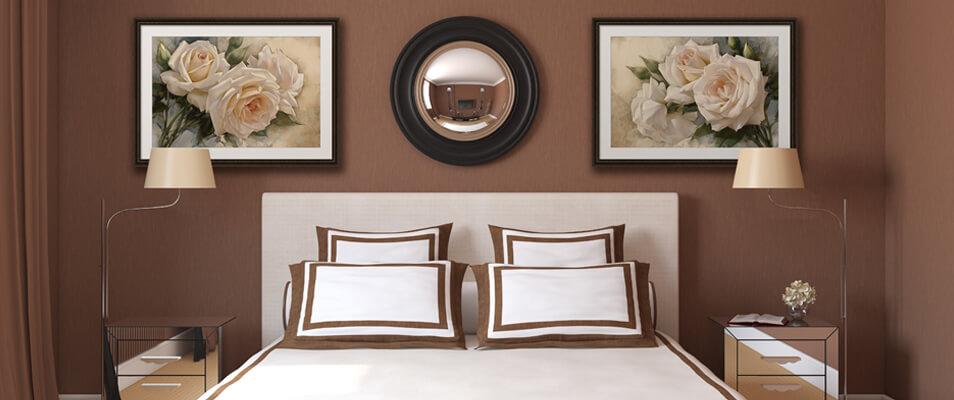 Какую картину повесить в спальне: критерии подбора, место для размещения, сочетания цветов и фактур, советы дизайнеров