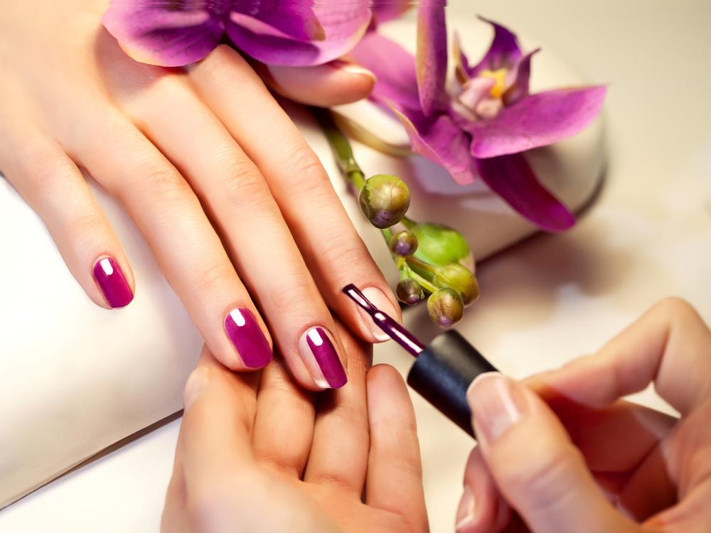 nail plate repair varnish