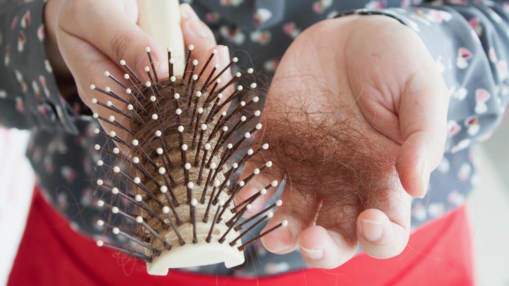 Уколы для роста волос: состав препаратов, алгоритм проведения инъекций, результаты и отзывы