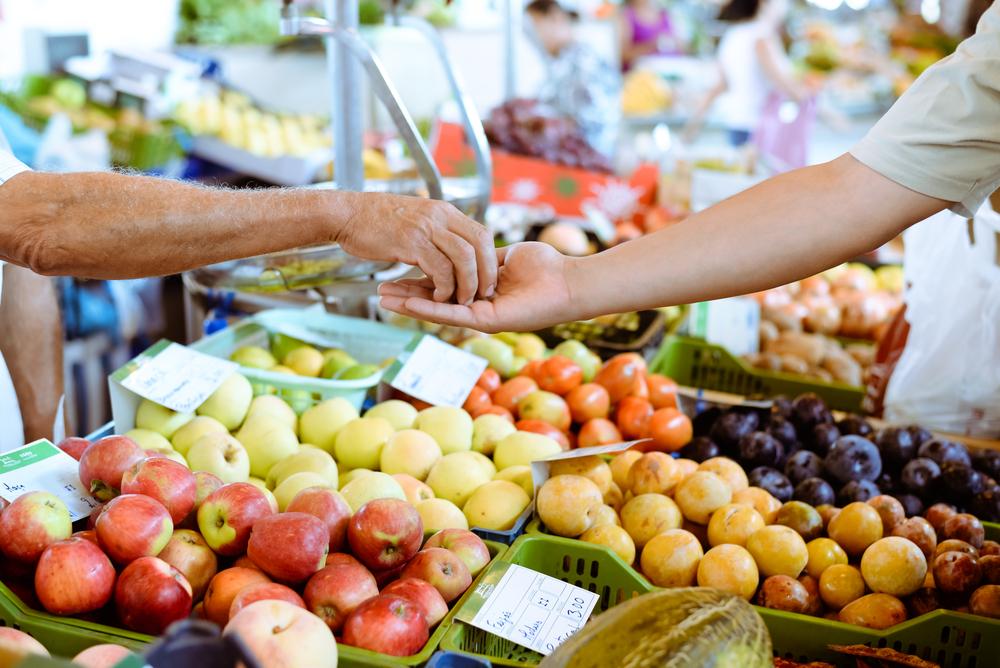 Подлежат ли возврату продовольственные товары надлежащего качества