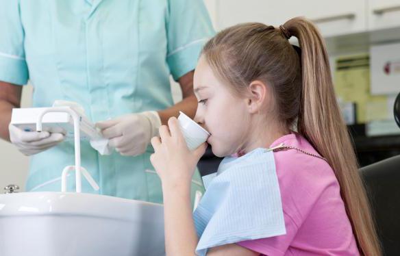 гнойник на десне у ребенка лечение