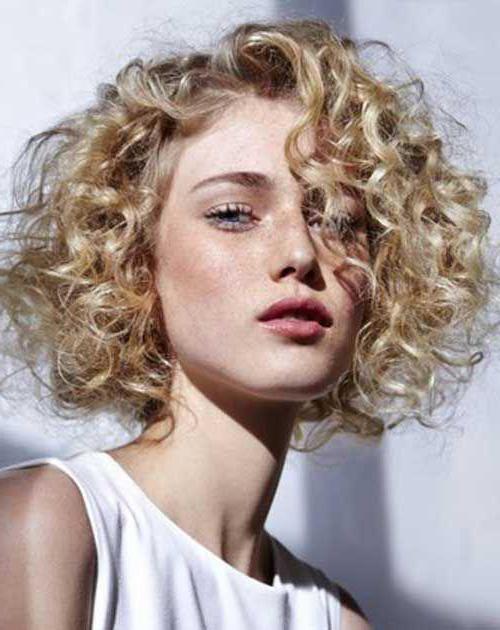 модное окрашивание на короткие волосы фото
