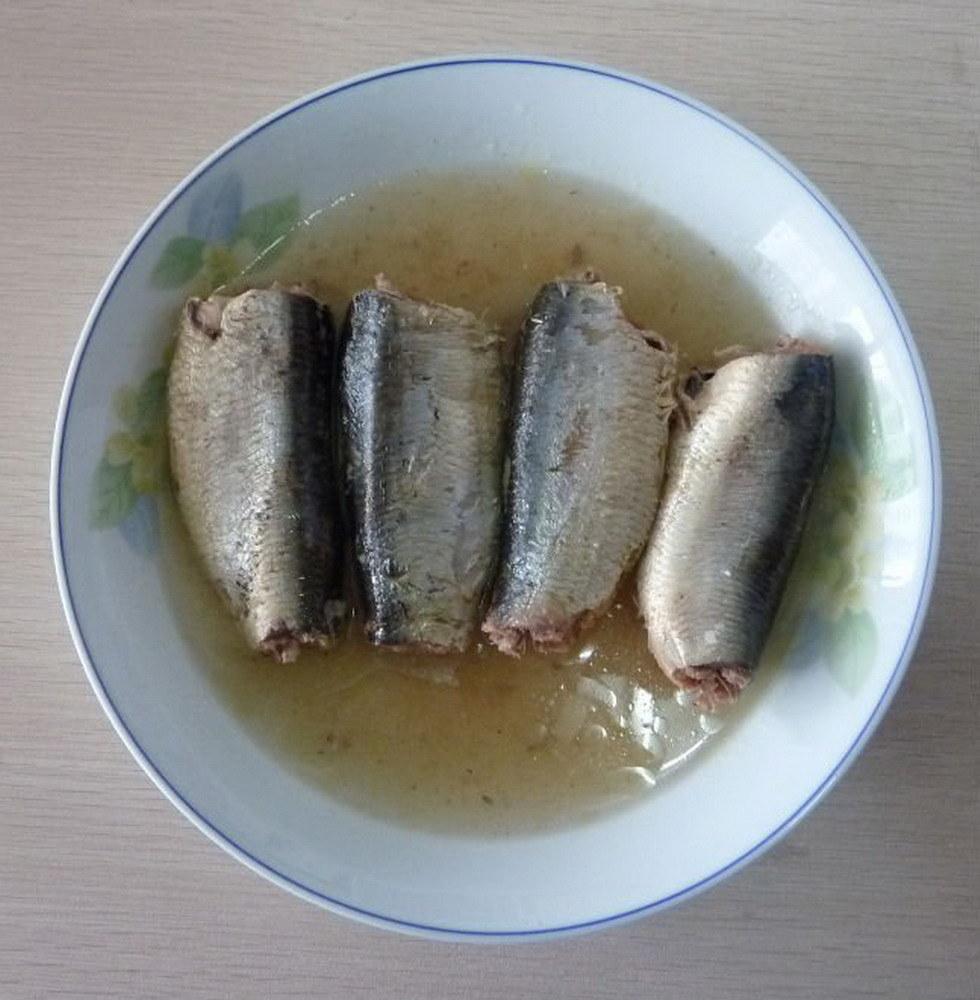 рыбные консервы с маслом