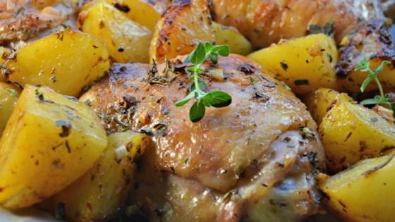 как вкусно запечь картошку с курицей