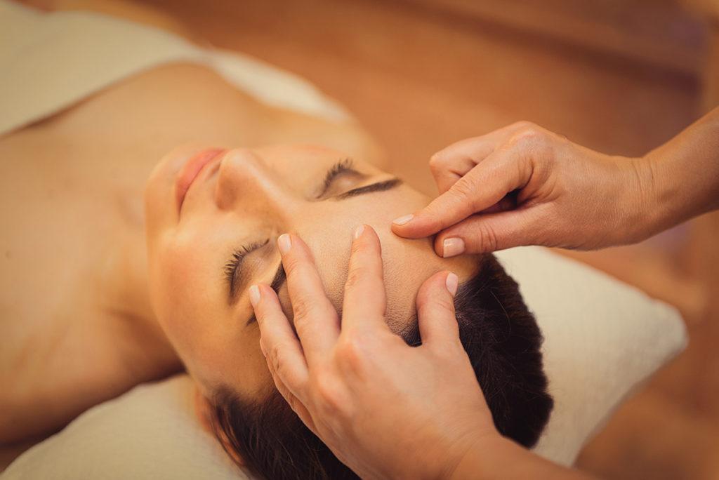massage in the salon
