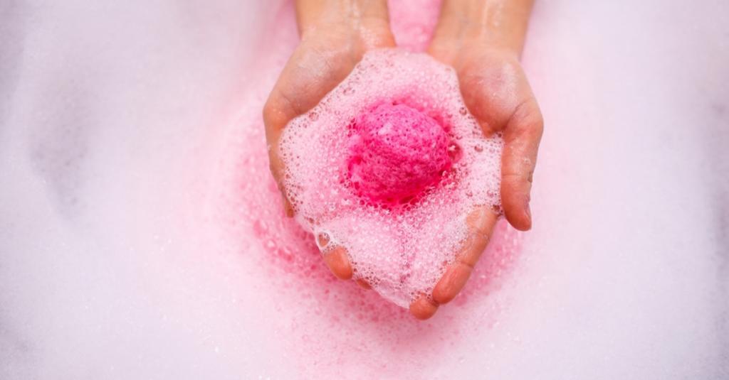 Бурлящий шар для ванны: способ применения, назначение, противопоказания
