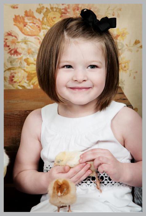 прически ребенку на короткие волосы