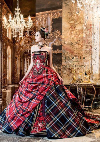 красивое платье в клетку в пол