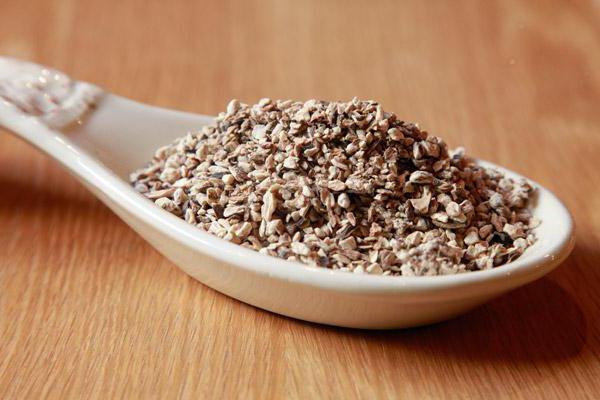 Репейное масло для лица: особенности применения, рецепты и эффективность