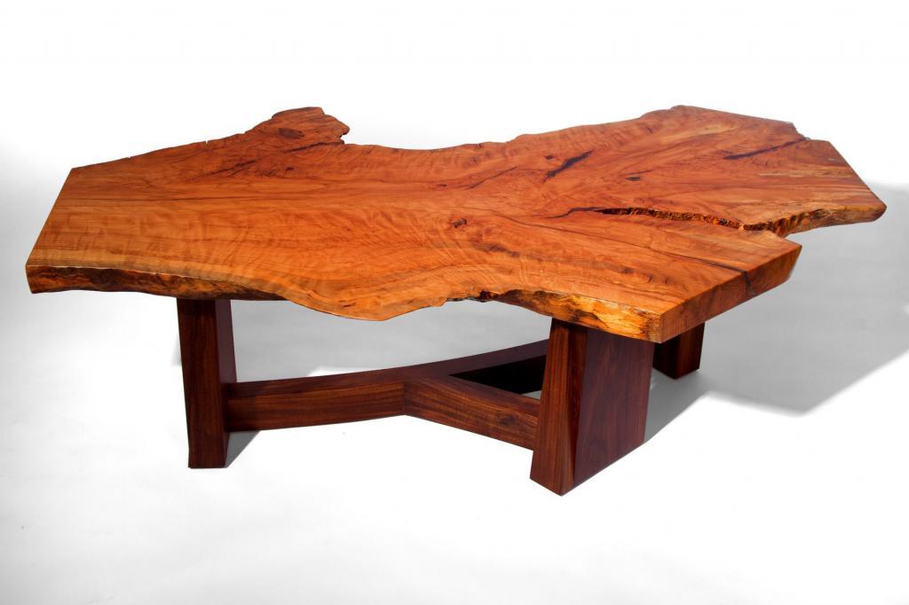 Сексуальная мебель из дерева