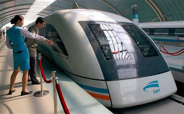 Красивая зима и японские поезда