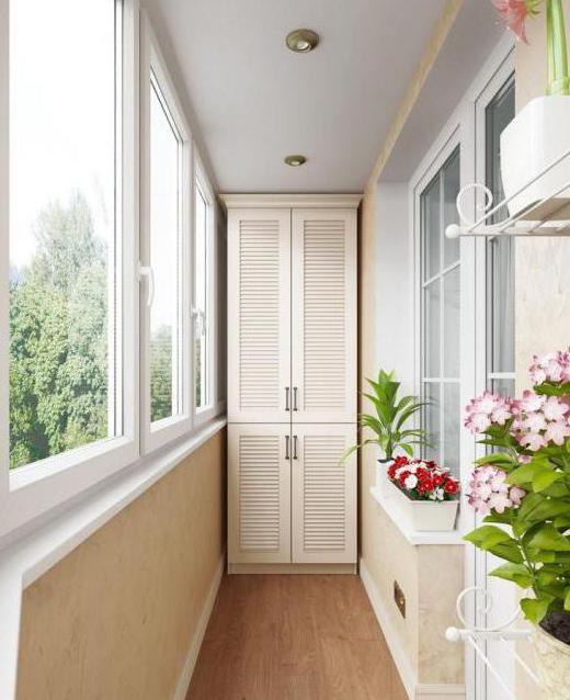 Спальня гостиная с балконом