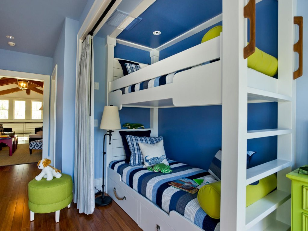 Design a bedroom with a niche