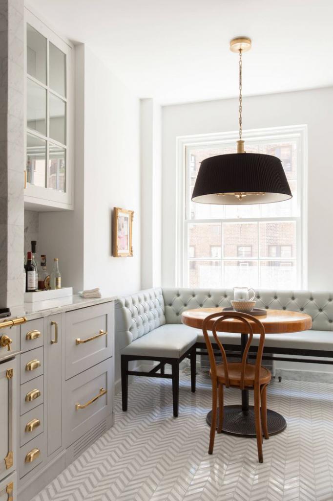 Stylish kitchen design 10 sq m