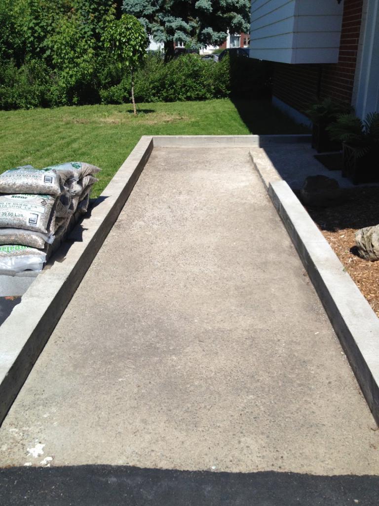 garden track mold