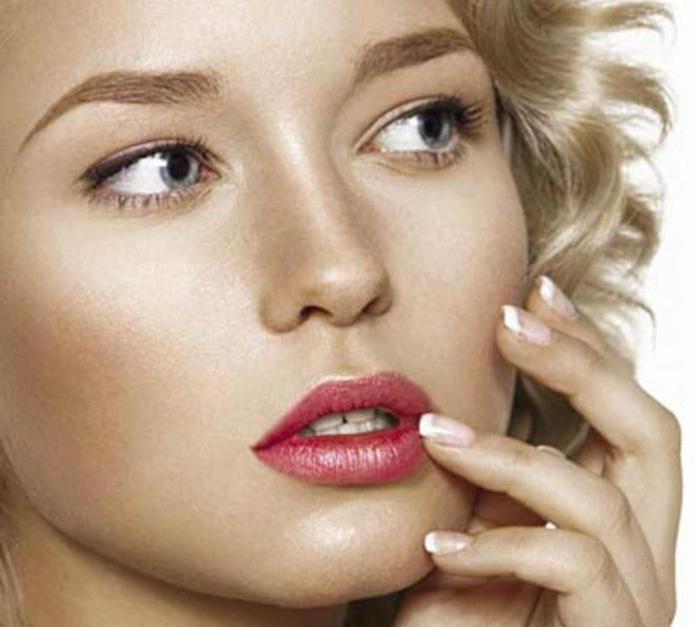 Как создать эффект зацелованных губ